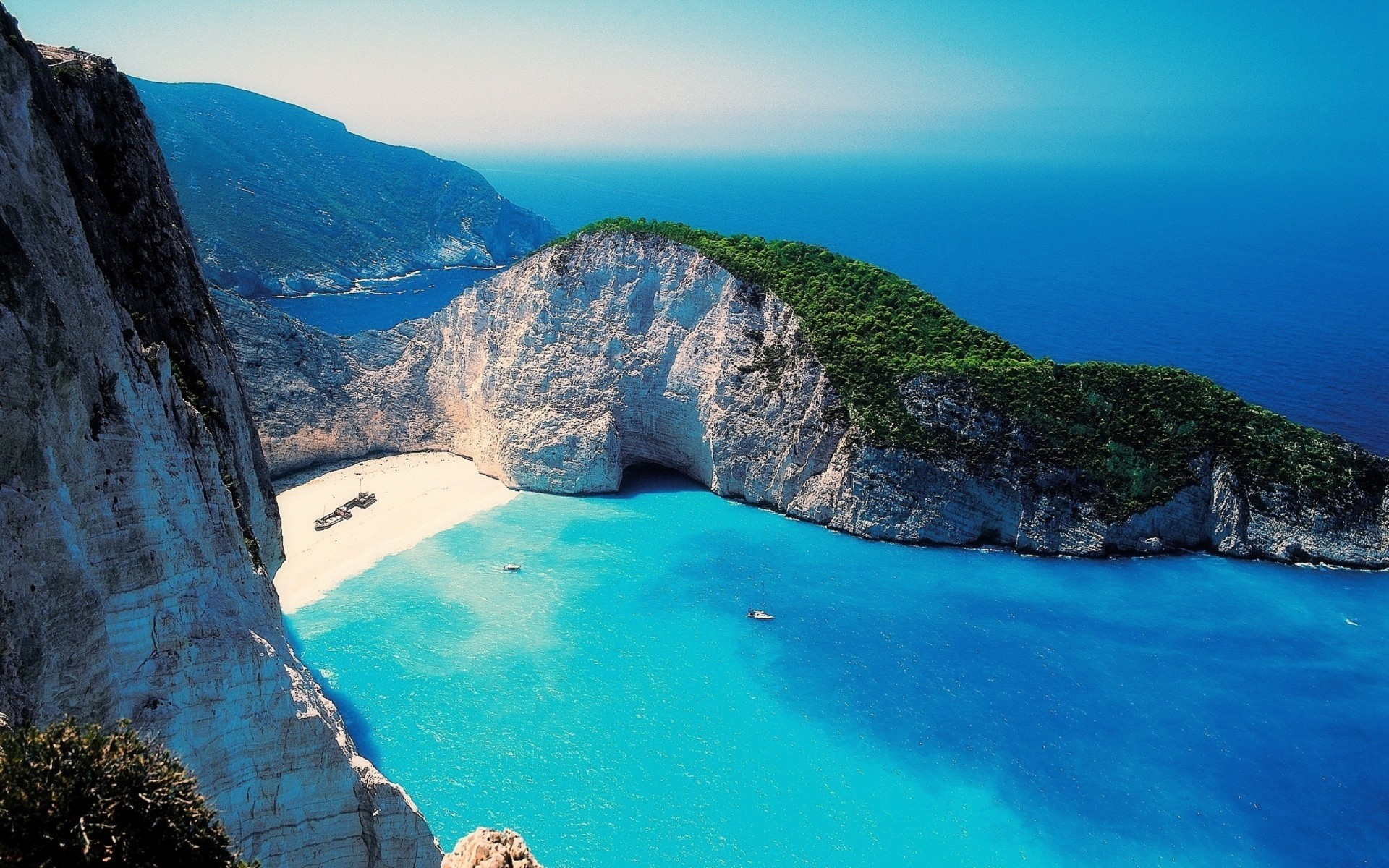 Perfect-Beach-Zakynthos-Greece-1920x1200